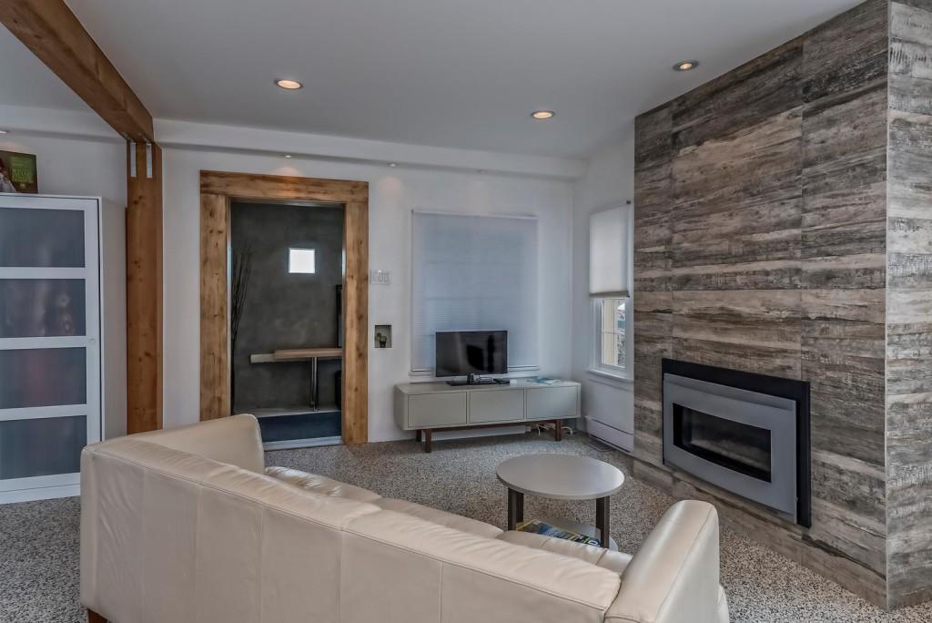 633 Colorado Blvd Denver CO-large-015-9-Family Room-1498x1000-72dpi